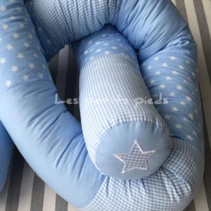 Bettschlange hellblau