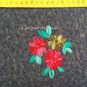 Wollstoff - Blumen bestickt jeansblau