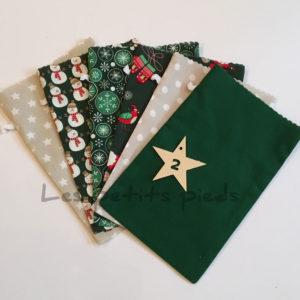 Adventskalender Säckchen Set mit Anhänger - grün / beige