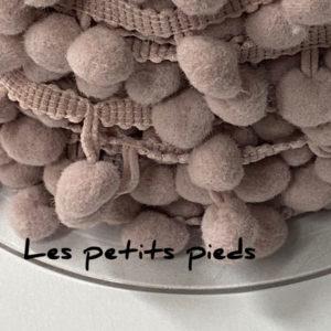 Bommelborte - puder 10 mm